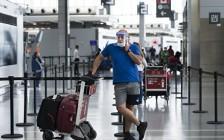 加拿大四大机场从7月30日开始测国内旅客体温