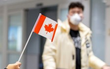 加拿大华人受疫情打击最重!失业率达14%!学生更惨