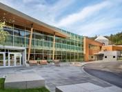说说温哥华两所顶级私立学校Mulgrave school 和Collingwood school