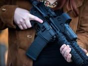 加拿大拟立法收紧枪械控制
