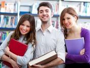 加拿大大学生周五开始可申领紧急援助金