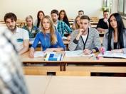 就读6所美国学校 毕业生未就业不收学费