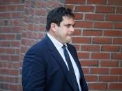 美国大学招生丑闻 前斯坦福大学帆船教练获刑