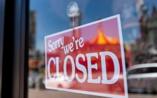 加拿大4月份失200万工作 失业率达13%