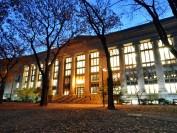 哈佛大学申请人数暴涨
