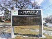 多伦多北约克John Polanyi Collegiate Institute公立高中附近优质寄宿家庭