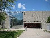 多伦多豪宅社区的八大著名公立中学