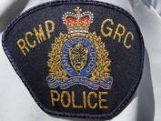 BC省公立高中15岁学生涉逼同学跪地舔鞋再三威吓 或遭起诉