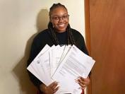 美国费城17岁女孩获奖学金逾百万  被18所大学录取