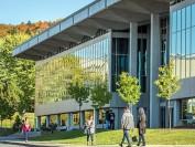 独家加拿大大学系列分析:排名不是区分加拿大大学的唯一方式之布鲁克大学、温莎大学