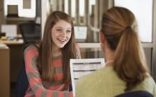 思考:你是否需要加拿大大学升学指导老师的帮助?你怎样才能做加拿大大学申请的主人?