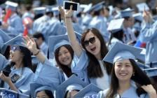 """送孩子出国读书是""""双输""""?!迷失方向的中国小留学生,谁来守护他们?"""