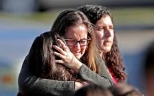 """美国社会""""枪伤""""难愈合 45天发生18起校园枪击案"""