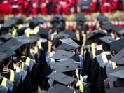 加拿大国际留学生读研究生  65%在两年内可毕业