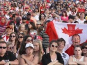 过去1年加拿大人口增逾50万