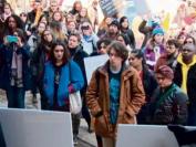 安省新学费政策 让17所大学数千学生走出课室抗议!