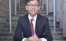 多伦多公立高中华裔状元领$4.8万入读女王大学!另一学生领$7万入读多大!