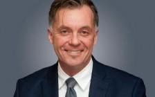 亚历山大·布朗当选多伦多公立教育局主席!