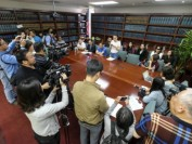 中国19岁留学生美国被枪杀 家属斥判罚过轻赴美讨公道
