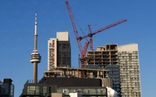 纽约人能在多伦多买得起房子吗?答案是…