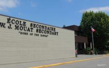 令人发指 加拿大BC省一中学男教师涉性侵两未成年少年