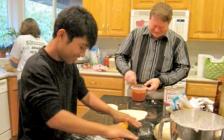 中国小留学生难伺候 美国寄宿家庭崩溃