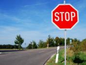 在加拿大开车,你必须了解的交通规则!
