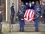 惨遭杀害耶鲁大学华裔学生蒋凯文葬礼在美国纽黑文举行