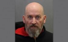 涉引诱及性剥削儿童 多伦多Bishop Allen天主教高中男教师被捕