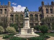 芝加哥大学明年起学杂费超8万美元 本科全美最贵