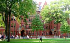 哈佛大学、麻省理工等名校宣布停课,哈佛要求本科生搬离宿舍
