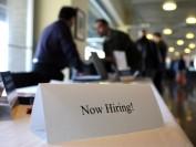 加拿大失业率降至5.8% 就业增加种类不如意