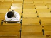 美国奢华的高等教育背后的残酷现实