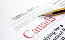 加拿大联邦移民快速通道 恢复所有项目抽签