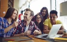 获政府拨款支持   加拿大安省华裔学生暑假忙创业赚钱