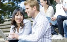 今年共有2.7万中国留学生来加拿大求学?低龄趋势是主流