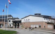 温哥华公立高中12年级中国留学生因心理问题 惨被勒令退学