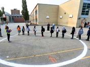 多伦多公立教育局学校不堪重负  因更多学生希望转网课