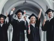 毕业后平均薪资11W!到加拿大留学,什么专业最吃香?