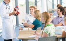 女儿成功考取加拿大多伦多大学医学院的经验分享