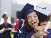 加拿大教育大变革:明年起15万本国学生免费读大学!
