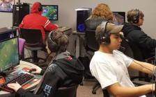 上课随便玩?!安省渥太华一所公立高中开课专教学生打游戏!