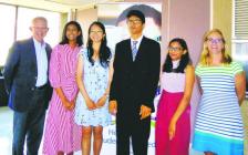多伦多公立教育局下属公立高中12年级满分状元 华裔榜眼 分享成功学习经验