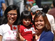研究:加拿大吸引和留驻新移民 应让小城政府挑人