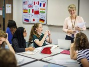 加拿大移民部:语言精通更易打开移民加拿大大门