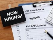 年轻人就业增加 加拿大失业率43年新低