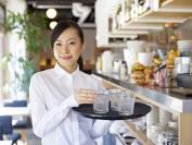 加拿大小费文化 餐饮招待年收入10万不是梦