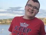 加拿大15岁男孩因校园欺凌自杀,欺凌绝不是孩子间的小打小闹!