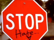 英国华威大学多名中国留学生遇袭,案件未破,警方:这种仇恨犯罪令人发指!
