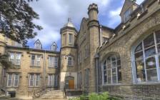 大多伦多著名百年私立寄宿女校Trafalgar Castle School特拉法尔加城堡学校